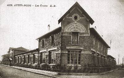 Groupe scolaire Jules Ferry vers 1930