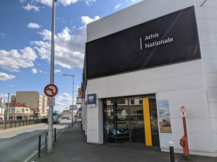 Photographie : Athis Nationale - Garage Renault