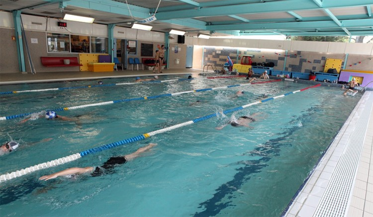 Piscine intercommunale suzanne berlioux juvisy sur orge for Athis mons piscine